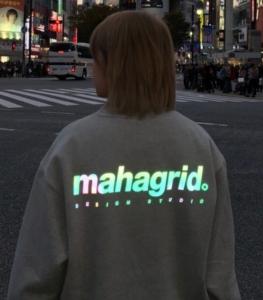 RAINBOW_REFLECTIVE_LOGO_CREWNECK___レインボーリフレクティブロゴクルーネック(スウェット)|MAHAGRID(マハグリッド)のファッション通販_-_ZOZOTOWN